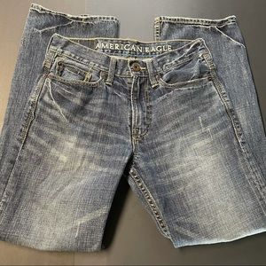 American Eagle Mens 28/30 Relaxed Distressed Jeans